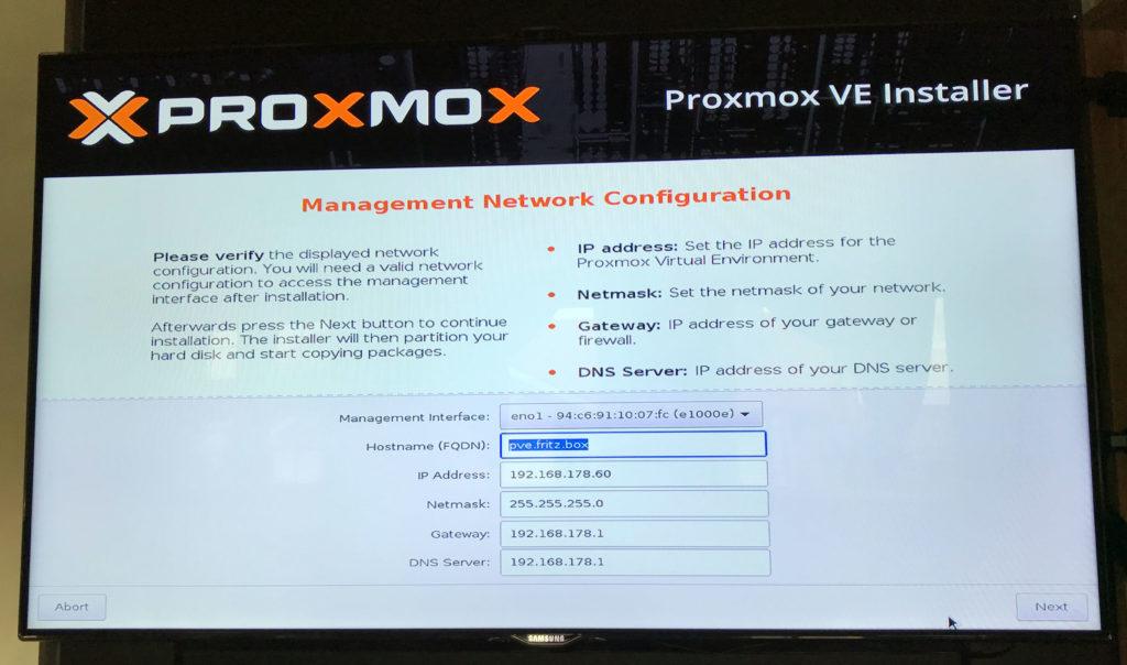 Auswahlbildschirm der Netzwerkeinrichtung der Proxmox Installation