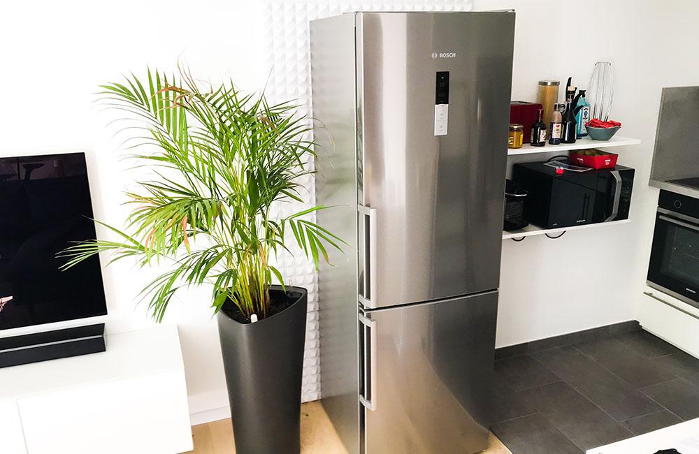 Bosch Kühlschrank Qualität : Extrem leiser kühlschrank kühl gefrier kombination in wohnküche